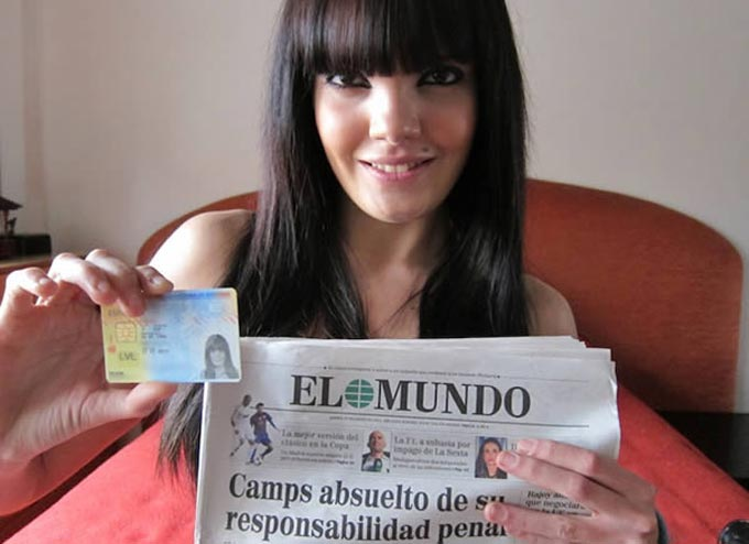 Desvirgacion de la teen madrileña Carmen Lomama